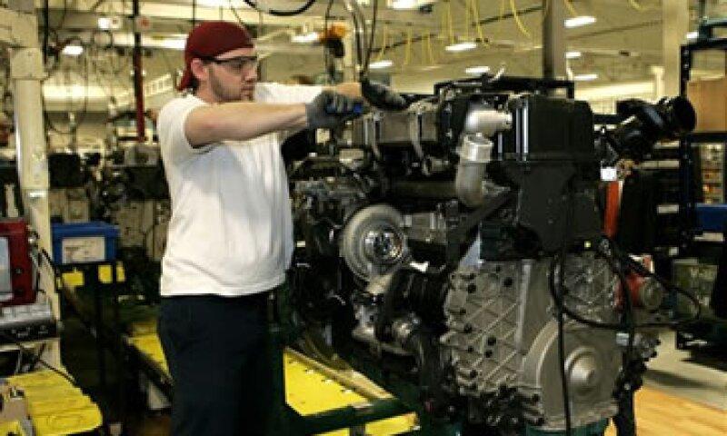 Una lectura por encima de los 50 apunta a un crecimiento en el sector. (Foto: AP)