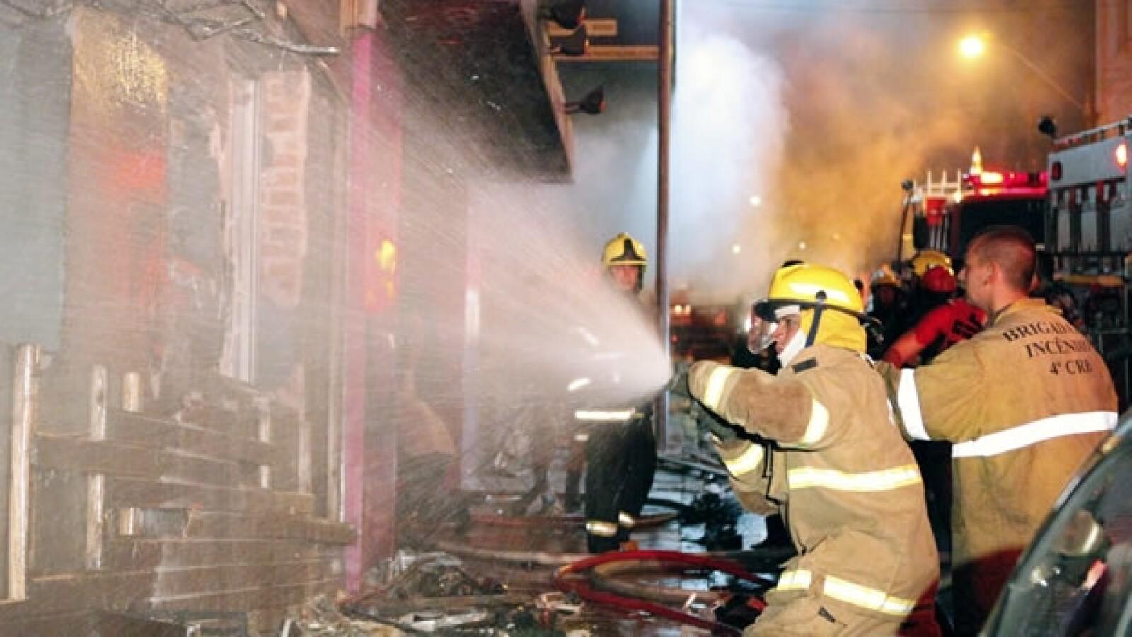 Un incendio causa muertes en Brasil