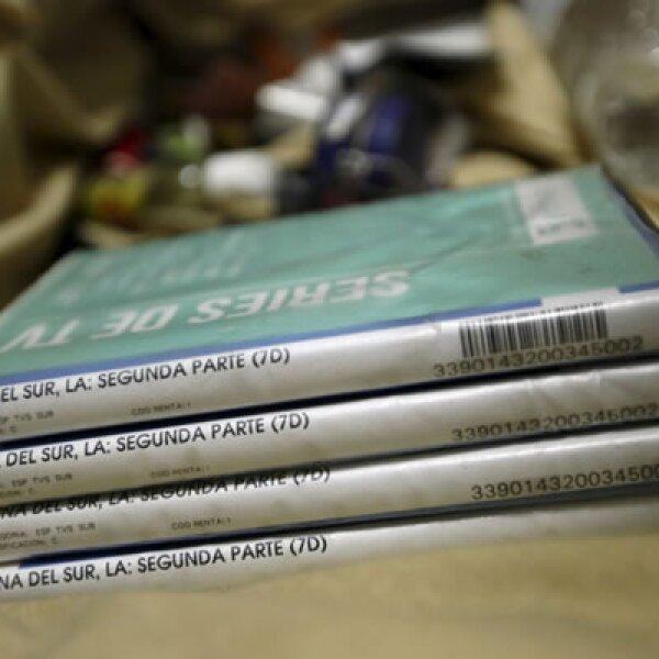 Tras el operativo las autoridades encontraron DVD de la serie sobre narcotraficantes La Reina del Sur, protagonizada por la actriz mexicana Kate del Castillo
