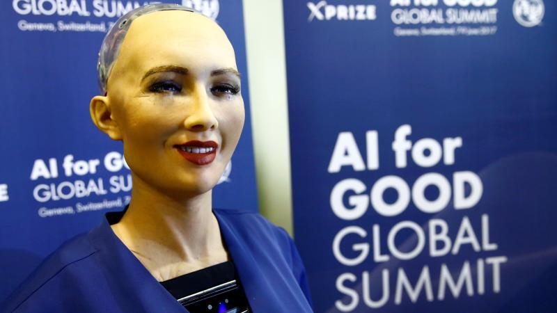La robot que da conferencias