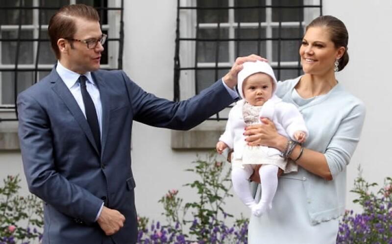 La heredera a la corona, Victoria junto con su familia.
