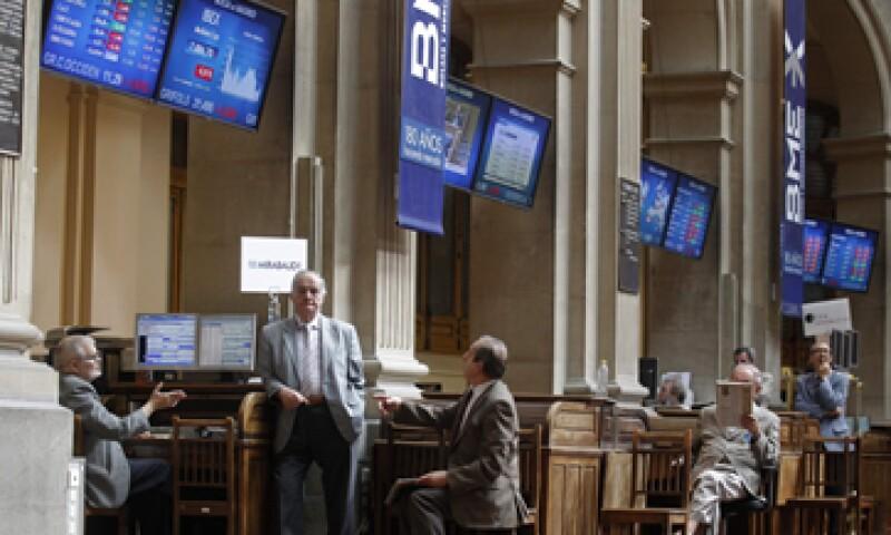 El temor de que España requiera un rescate completo afectó de nuevo a las Bolsas. (Foto: Reuters)