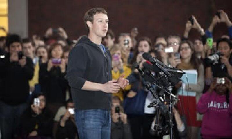 """""""Si tuviera la oportunidad de hacerlo otra vez, habría ido a clase"""", reconoció el joven genio de Silicon Valley. (Foto: AP)"""