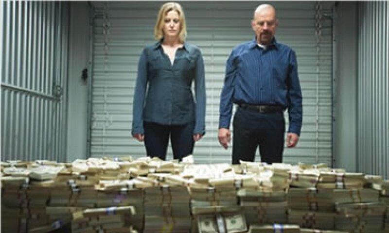 En la serie, Walt White vende la droga que prepara a 60 dólares por gramo, una cantidad similar al precio real. (Foto: Cortesía CNNMoney)