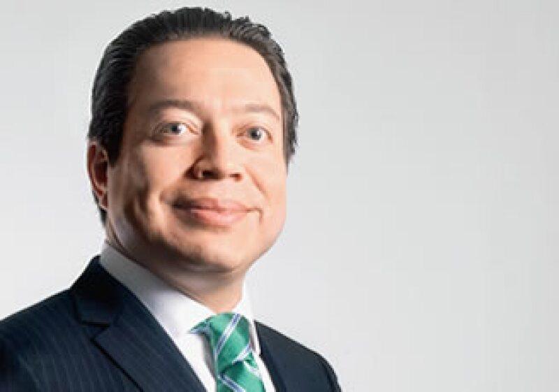 El secretario de Finanzas del DF asegura que es más peligroso la falta de un arreglo fiscal que la inseguridad en el país. (Foto: Adán Gutiérrez)