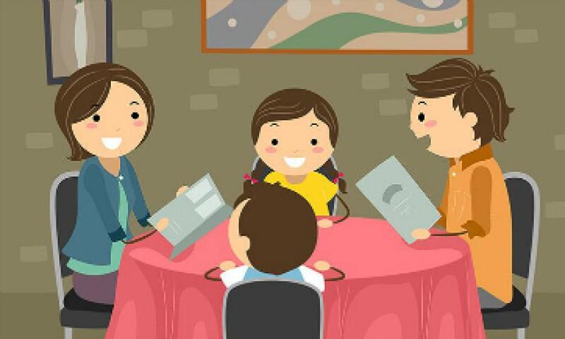 Los restaurantes normalmente les dan a los niños hojas con actividades y crayones, pero no este en Houston. (Foto: CNNMoney)