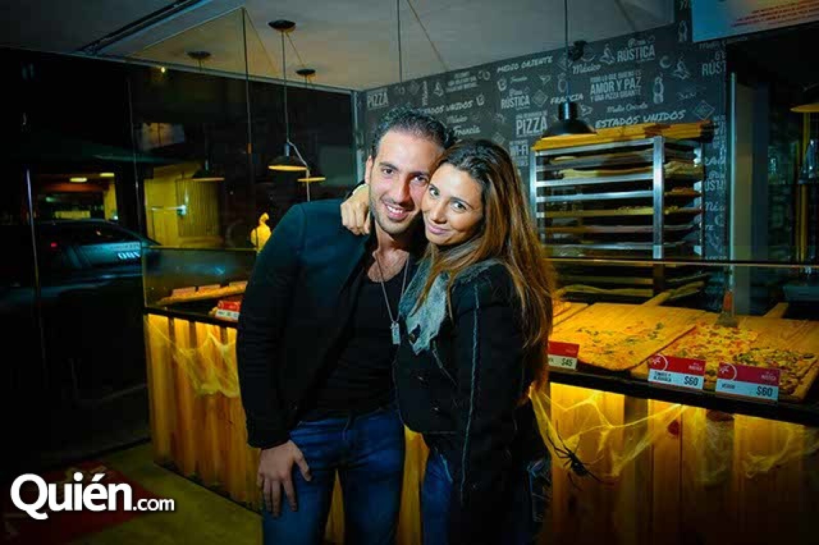Johnny Abraham y Laila Abraham