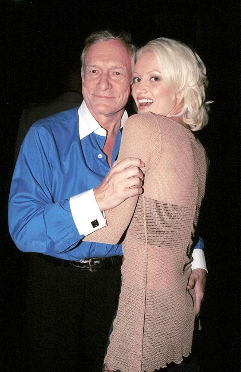 Holly con Hugh Hefner, en una fotografía tomada en sus primeras años como playmate.
