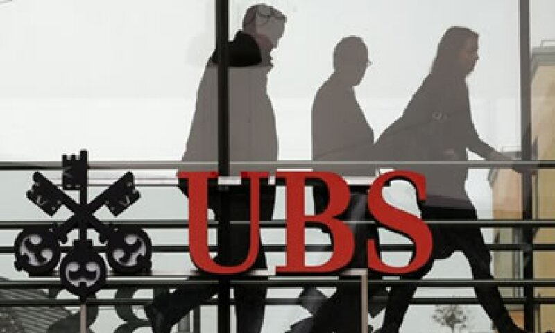 UBS está en proceso de recortar 3,500 puestos.  (Foto: Reuters)