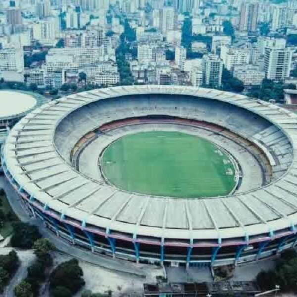 El famoso estadio de fútbol, en el cual se inauguró en 1950 para la Copa Mundial FIFA del mismo año y el cual recibirá una gran remodelación para la Copa Mundial FIFA del 2014.