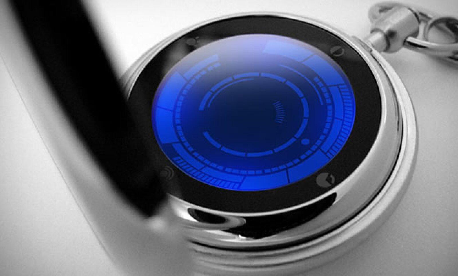 Estilo clásico y tecnología en una misma pieza: este reloj de bolsillo tiene una pantalla tipo LED, caja metálica de acero inoxidable y la tradicional cadena para ajustarla a tu pantalón o chaleco.
