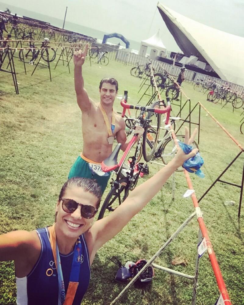 Andrea y Alex en el Triatlón Olímpico de Acapulco, recorriendo sus kilómetros de momentos.