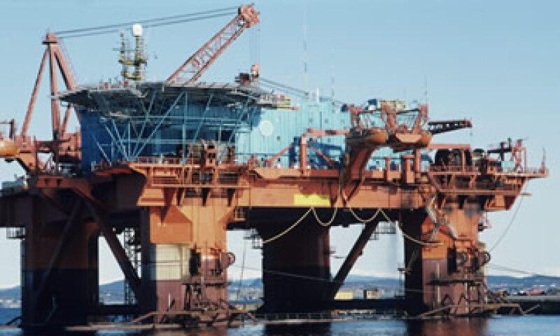 Irán dijo que dejará de envíar petróleo a través del Estrecho de Ormuz si sus exportaciones de crudo reciben sanciones. (Foto: Thinkstock)