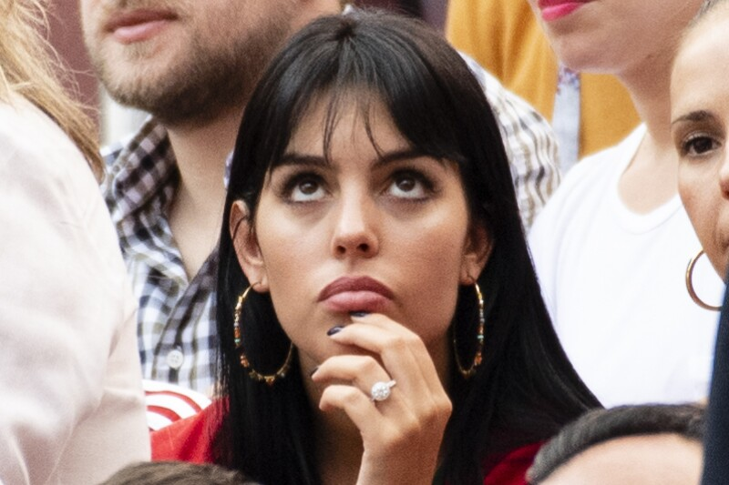 Georgina Rodríguez presume lujoso anillo. Grosby.