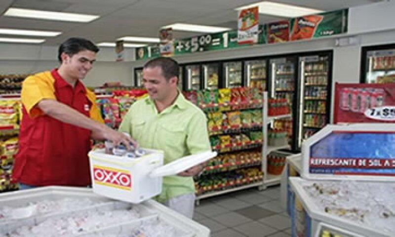 En el segundo trimestre, Oxxo tuvo un desempeño en ventas muy superior al observado por los grupos de autoservicio, incluido Walmart.(Foto: Cortesía de Femsa)