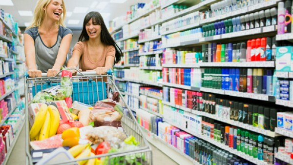 Consumidores.