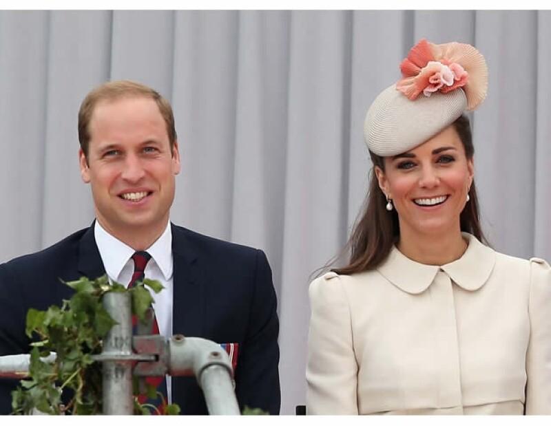 Como siempre los Duques de Cambridge demostraron estilo e impecable gusto al vestir, para reunirse con importantes personalidades de la realeza europea.