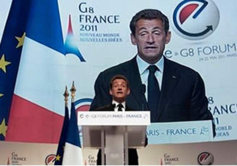 El mandatario francés. Nicolas Sarkozy, recordó a los asistentes al foro, su responsabilidad sobre la privacidad y los derechos de autor. (Foto: AP)