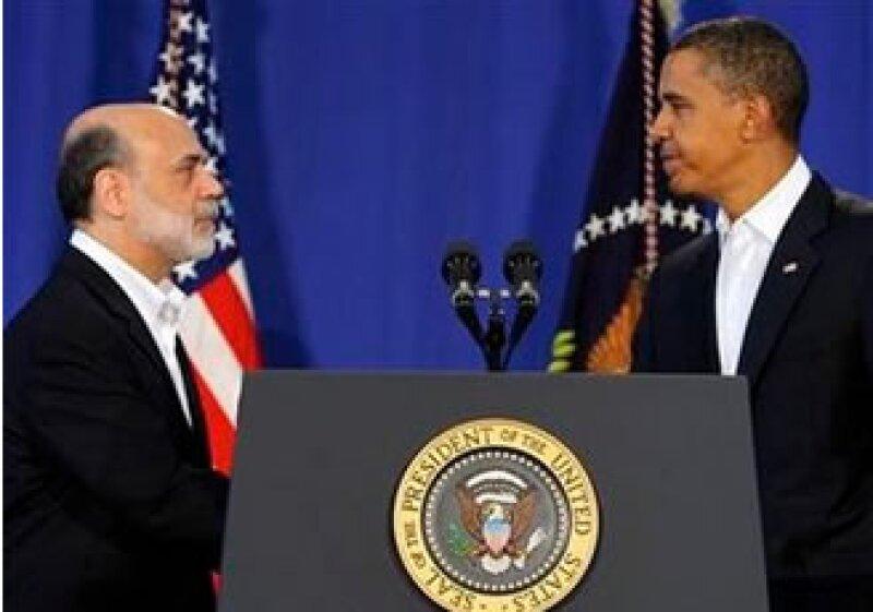 El presidente de Estados Unidos, Barack Obama (der), nominó a Ben Bernanke para un segundo periodo al frente de la Fed. (Foto: Reuters)