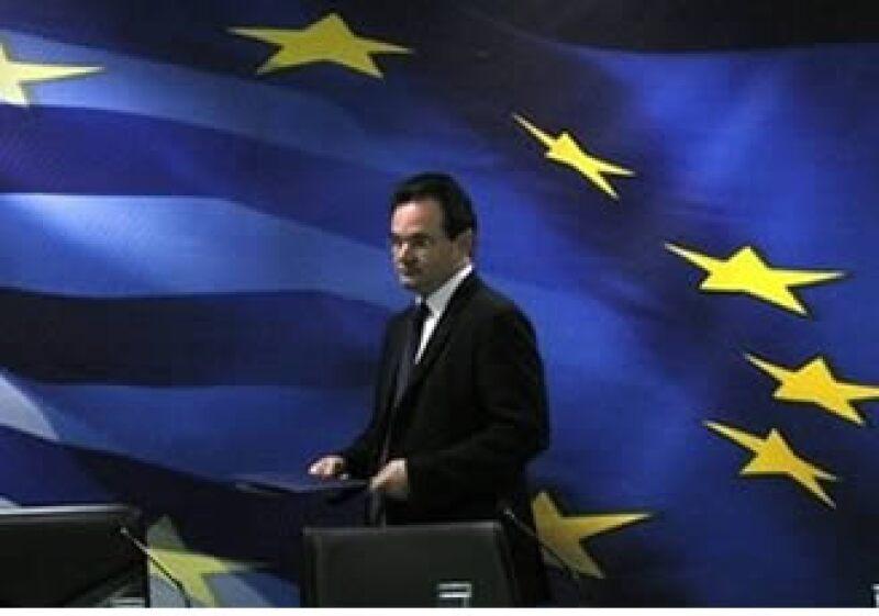 El ministro de Finanzas, George Papaconstantinou, anunció acciones que fueron cuestionadas por los sindicatos. (Foto: AP)