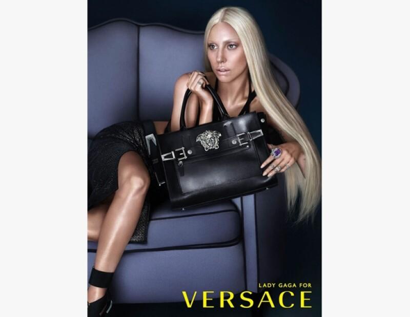 Donatella Versace busca darle un nuevo impulso a la famosa marca italiana.