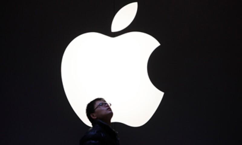 Las acciones de Apple ganaron 526.29 dólares el 15 de febrero y despúes cayeron a 486.63 dólares. (Foto: Reuters)