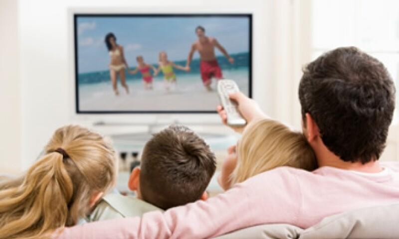 Televisa ofrecerá un nuevo paquete de programación de paga que incluirá exclusivamente sus cuatro canales  de televisión abierta. (Foto: Thinkstock)