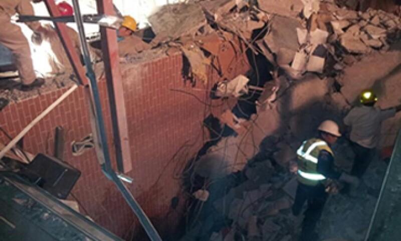 33 personas perdieron la vida tras la explosión en la Torre de Pemex. (Foto: Notimex)