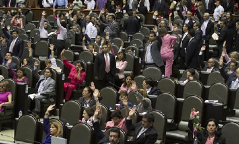 Los legisladores aprobaron la Ley Federal de Presupuesto y Responsabilidad Hacendaria. (Foto: Notimex)