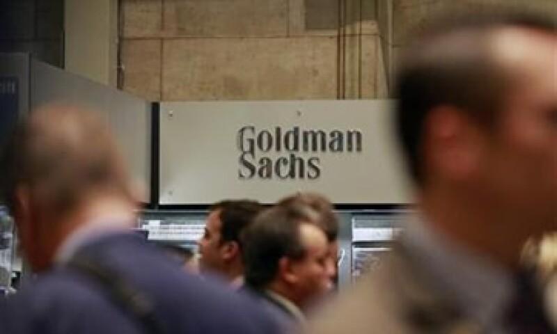 Goldman Sachs se verá golpeado por su negocio de intermediación y de su banca de inversión. (Foto: Reuters)