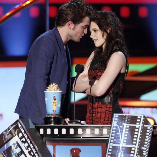 2010 terminó sin beso y sin pruebas de su amor.