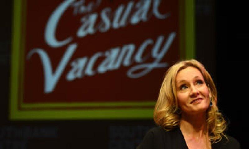 The Casual Vacancy aborda temas como la adicción a las drogas, el sexo adolescente y la violencia doméstica. (Foto: Reuters)