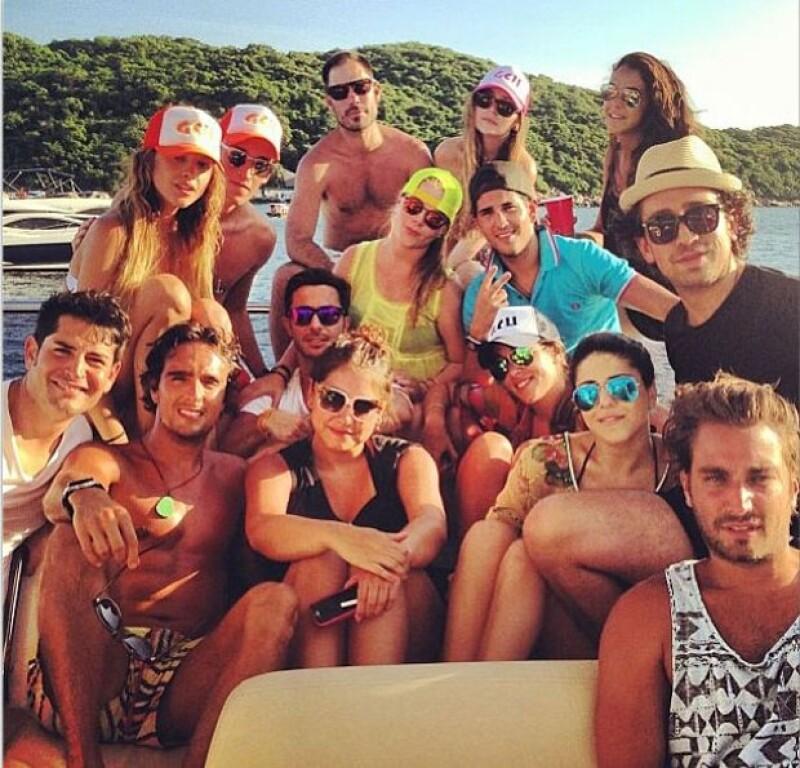 La actriz ha aprovechado el verano para divertirse con sus amigos.