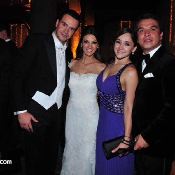 Mauricio Vega,Marcela García,Sherlyn González,Gerardo Islas