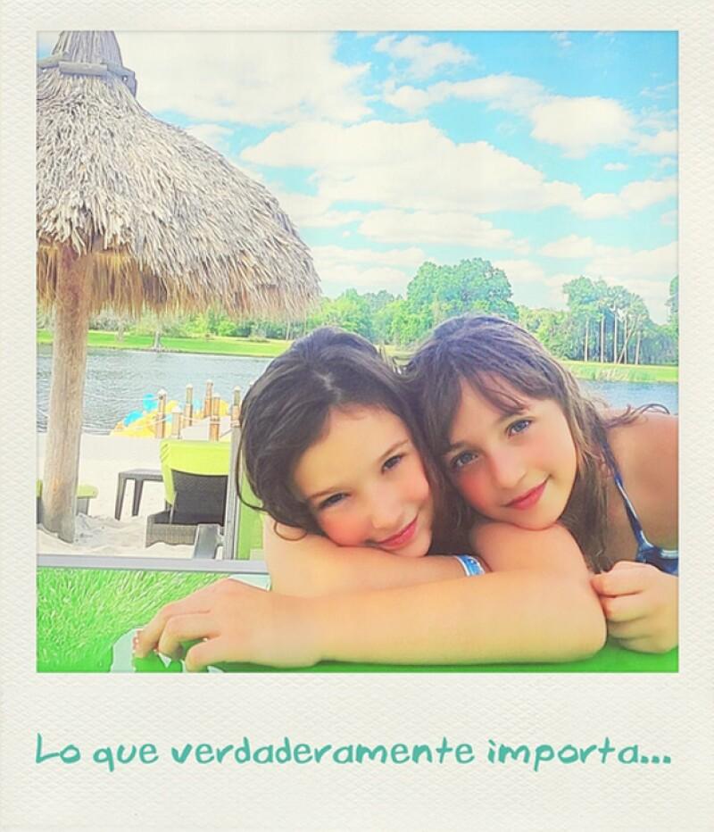 Proud mom! Andrea publicó esta foto de sus hijas disfrutando sus vacaciones.