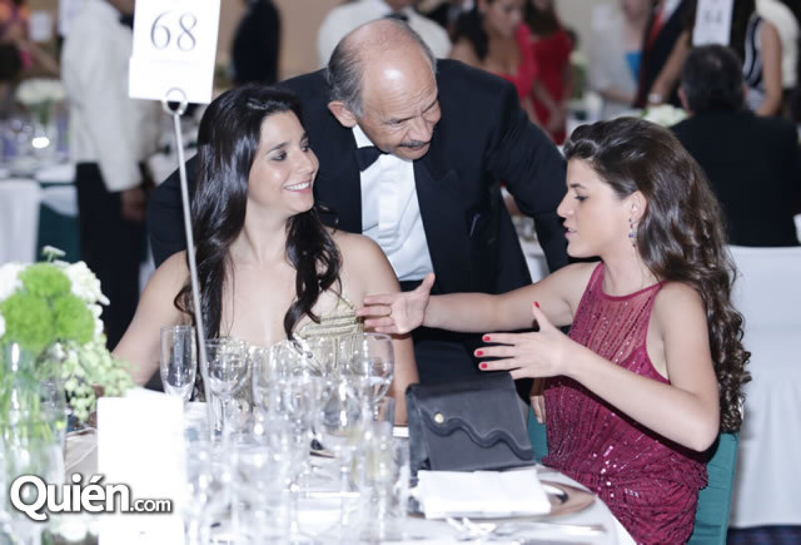 Deborah Torre,Manuel Torres,Stephania Sansores