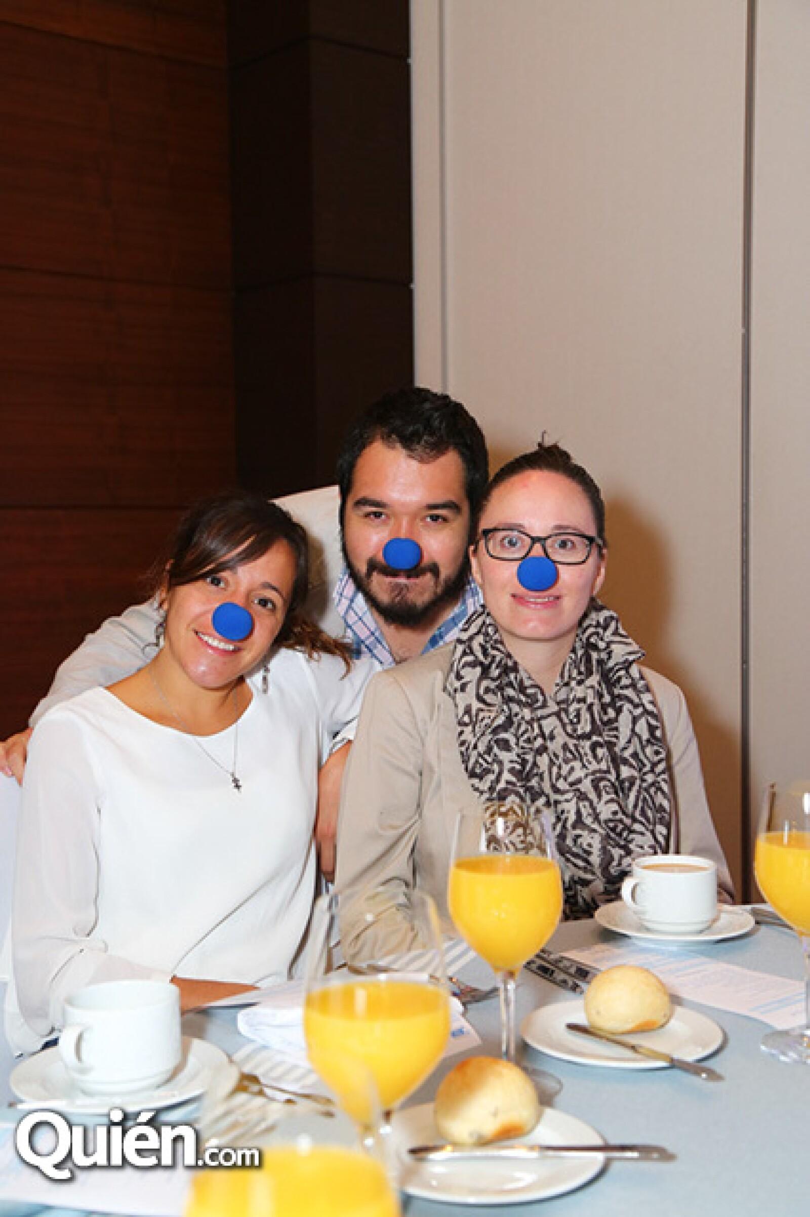 Claudia Morales,Benjamin Castrejón y Cynthia Modesto