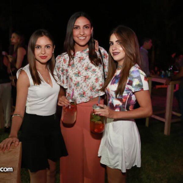 Alejandra Salcedo,Daniela de la Torre y Andrea Salcedo