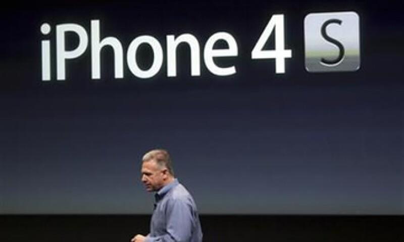 Durante la sesión, los títulos de Apple llegaron a caer hasta más de 5%. (Foto: Reuters)