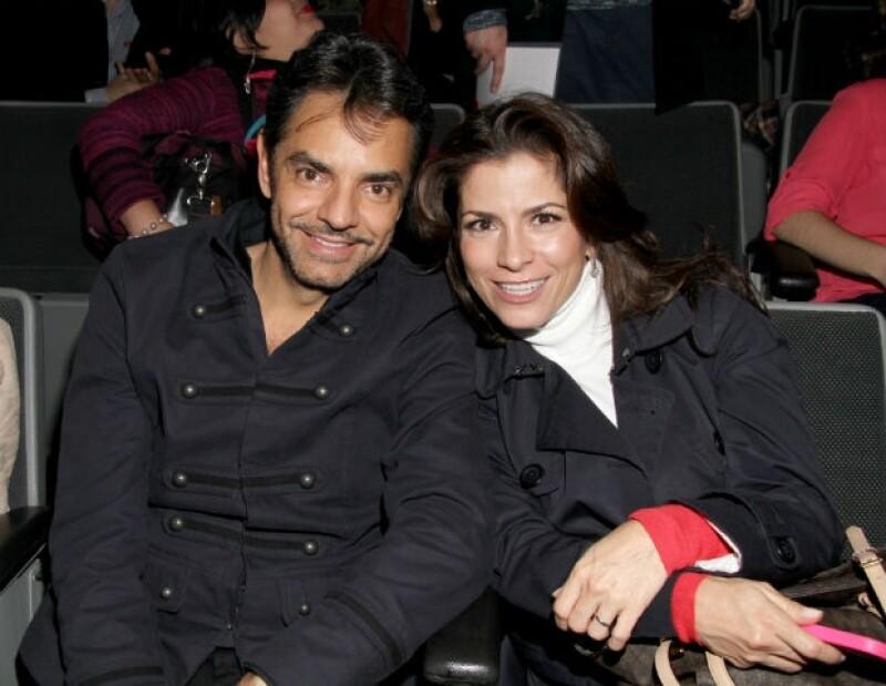 La actriz y cantante seguirá gozando el éxito profesional junto a su esposo, Eugenio Derbez, con quien espera convertirse en madre más adelante.