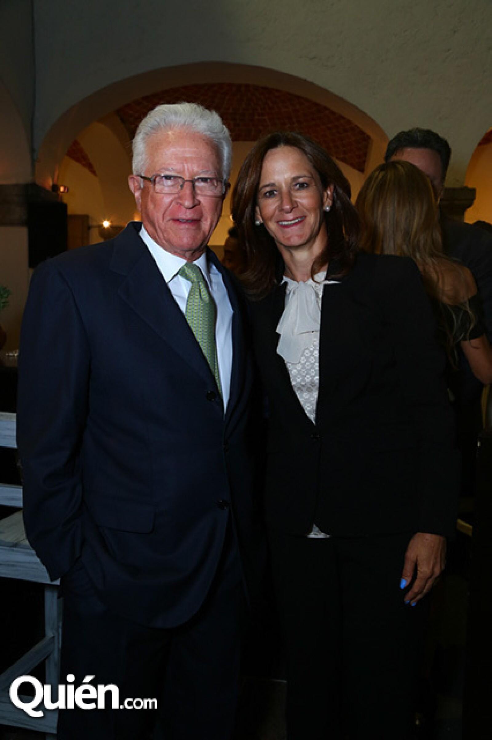 Raúl Muñoz y Paulina Rebollar
