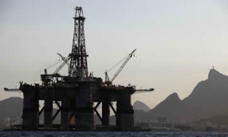 El petróleo perdió más de 12% tras la decisión de la OPEP del jueves pasado. (Foto: Getty Images )