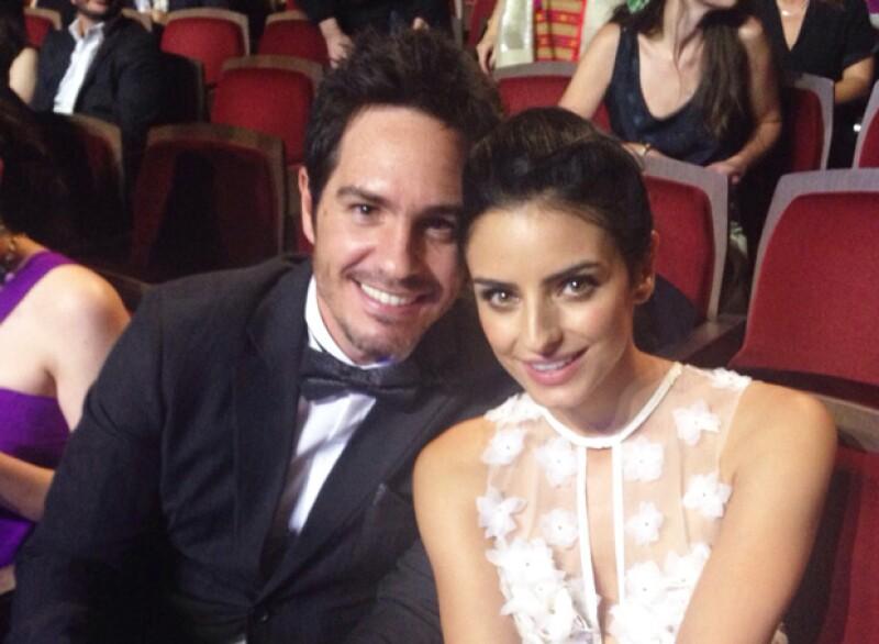 Mauricio lleva poco más de un año de noviazgo con la actriz Aislinn Derbez.