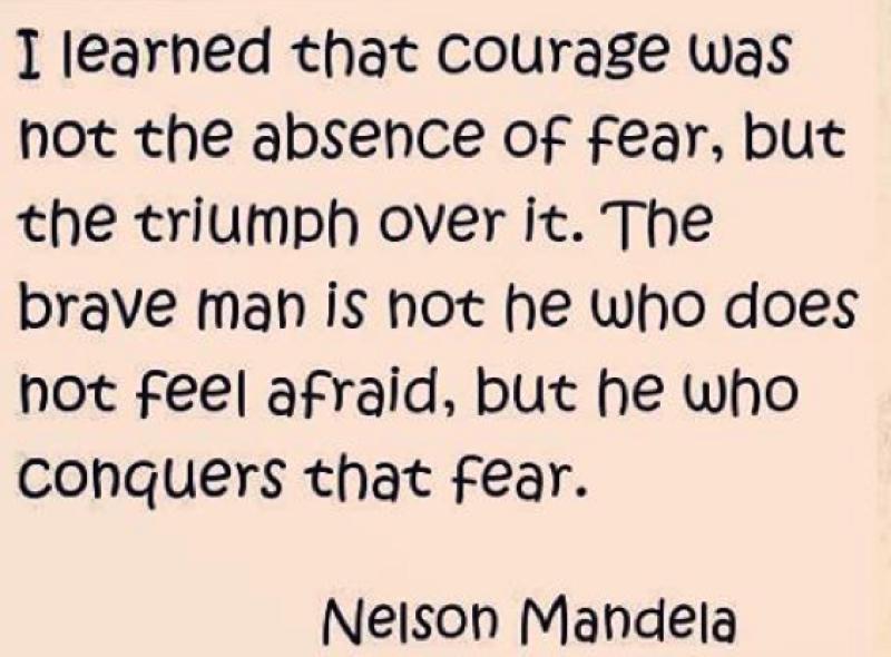 Mis oraciones van a todos los que están asustados en París en estos momentos.