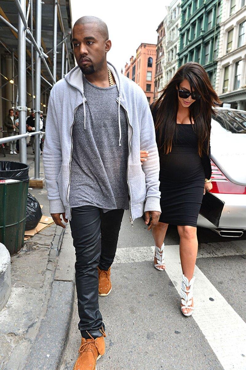 Así vestía Kanye hace dos años, mientras Kim esperaba a North.