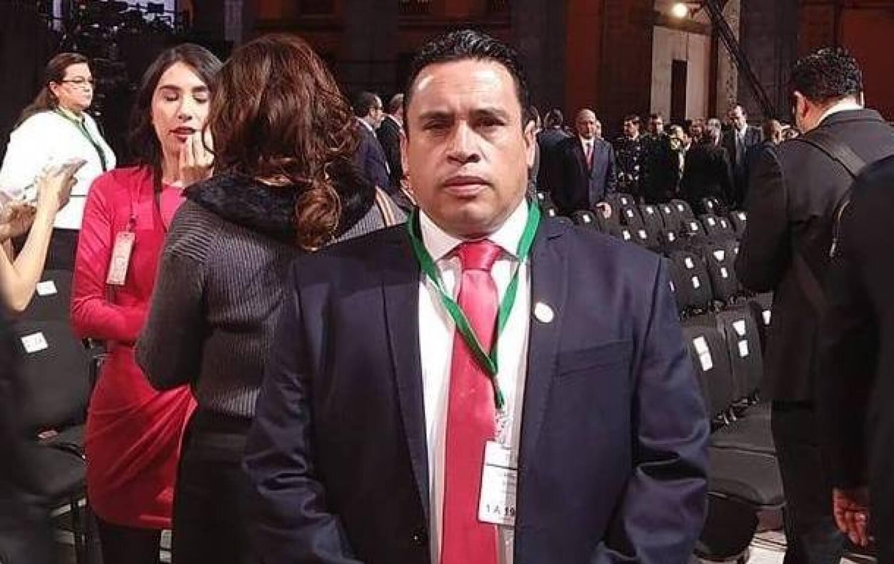 Emilio Manzanilla armas