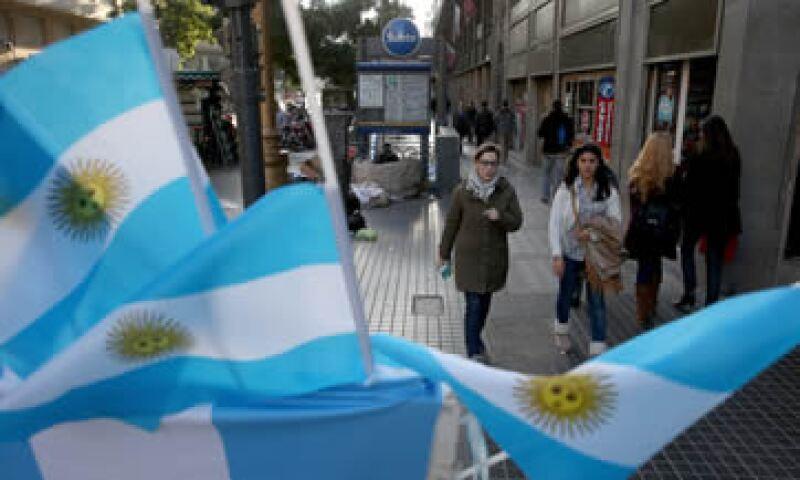 Argentina fracasó en sus intentos por cerrar un arreglo para cancelar los intereses de sus bonos Discount.  (Foto: AFP)