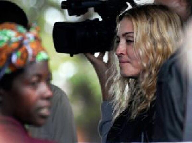 La Reina del Pop asegura que quiere dar a Mercy James, la niña que le fue negada la adopción en el país africano, educación, un ambiente familiar de amor y asistencia médica.