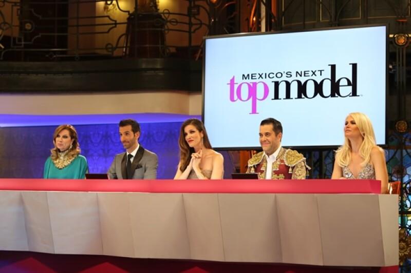 """Valeria Mazza fue invitada especial en el final de """"Mexico´s Next Top Model""""."""
