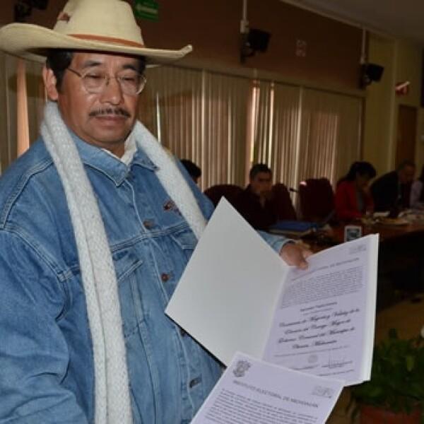 Autoridades electorales de Michoacán entregan constancias de mayoría